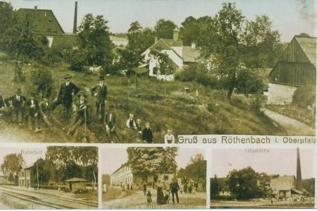 Postkarte aus Röthenbach, (Kaiserzeit), Gut (links, mit Walmdach das Hammerschloss, recht davon Schornstein, der Branntweinbrennerei, Brauerei, Landwirtschaftsgebäude), Bahnhof, Arbeiterhäuser und Glashütte
